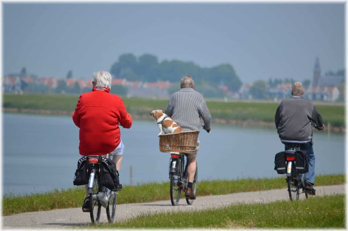 Tips to Help Seniors Lead an Active Lifestyle