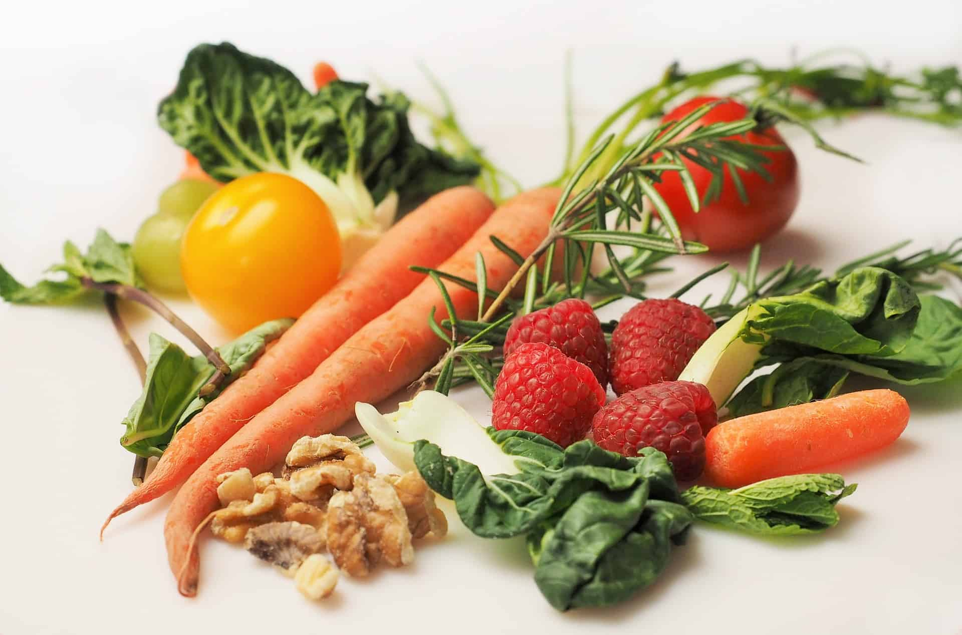 Why Seniors Should Maintain a Healthy Diet