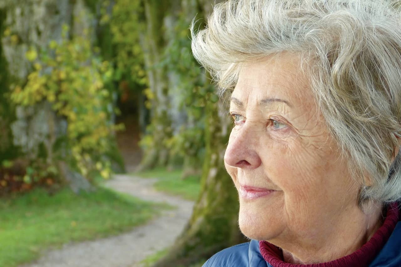 9 Factors to Consider when Choosing a Residential Care Center